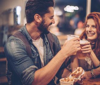 jak zjistit, zda vás muž, se kterým chodíte, líbíexpat ve Španělsku