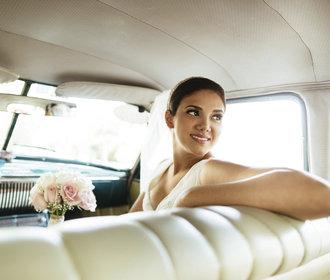 Je lepší si organizovat svatbu sama, nebo si najmout svatební agenturu? Přehledné pro a proti
