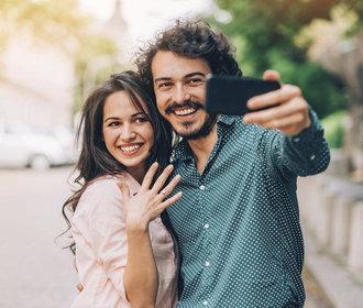 O čem si vážně promluvit s partnerem, než bude svatba