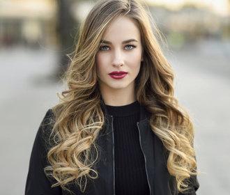 Prodloužené vlasy: Jakou metodu vybrat a jak se o ně starat?