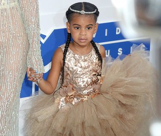 Šestiletá dcera zpěvačky Beyoncé má osobního stylistu a nákupčího!