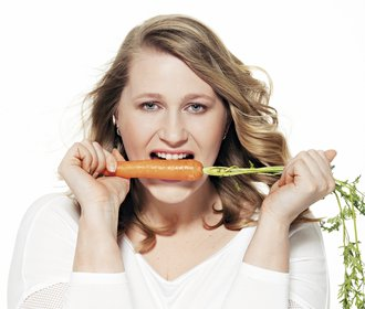 Hubneme do plavek: Šárka musí jíst víc, aby zhubla. Jak se s tím vyrovnává?
