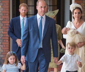 Křtiny prince Louise: Jak to slušelo Kate, Meghan a Pippě a proč chyběla Alžběta?