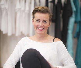 Vendula Stoklásková založila obchod a naplnila ho tvorbou českých návrhářů