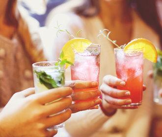 Alkohol a dieta: Co můžete pít, abyste si nekazila hubnutí?