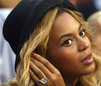 Nejdražší zásnubní prsteny celebrit: Kdo nosí na ruce sto milionů?