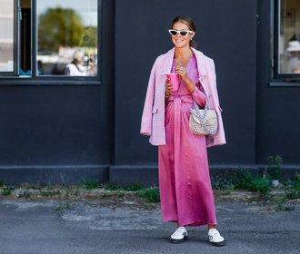4 tipy, jak na podzim nosit růžovou, a přitom vypadat cool