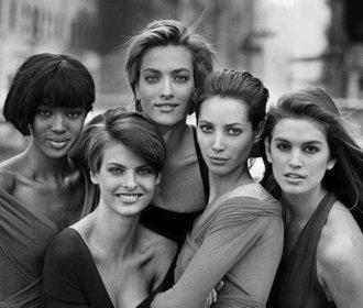 Modelky, které nepotřebovaly Photoshop. Připomeňte si skutečnou krásu 90. let