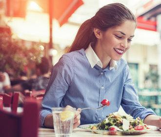 Čím snížit cukr v krvi: Pomohou tyto potraviny, dále slunce, pohyb a spánek