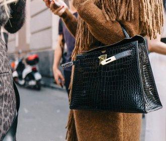 Návrat k eleganci: Kde právě teď koupíte stylovou kabelku s krokodýlím motivem?