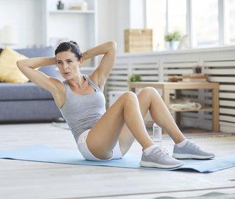 Jak se zbavit tuku na břiše za 30 dní? Vyzkoušejte náš zdravý plán!