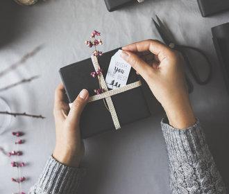 30 elegantních černobílých dárků pro celou rodinu