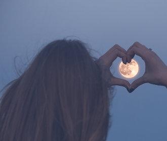 Horoskop pro Blížence: Rok 2019 je ve znamení vztahů. Přinesou vám radost, nebo potíže?