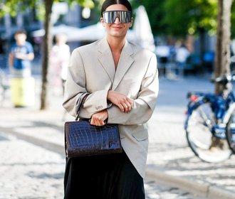Úzké sluneční brýle jsou minulostí, teď bude v módě opačný extrém!