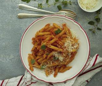Rychlý víkendový oběd: Zkuste těstoviny s restovanou zeleninou!