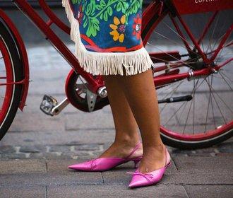 Boty, které ovládnou léto! Páskové sandálky i pastelové pantoflíčky!