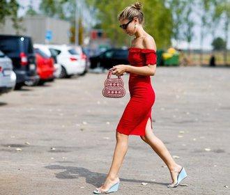 Už nehledejte! 30 nejkrásnějších červených šatů na léto pro každou postavu