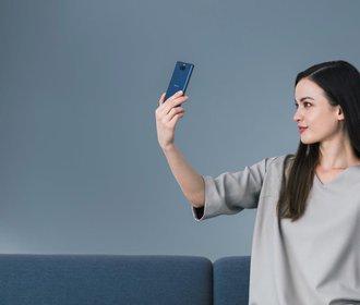 Vychutnejte si nový rozměr zážitků s chytrým telefonem Xperia 10