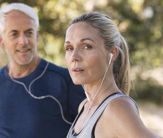 Začít běhat ve čtyřiceti? Určitě, posílíte svaly a zrychlíte si metabolismus
