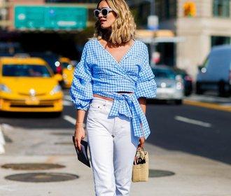 Bílé džíny slaví comeback! S čím je nosit letos v létě?