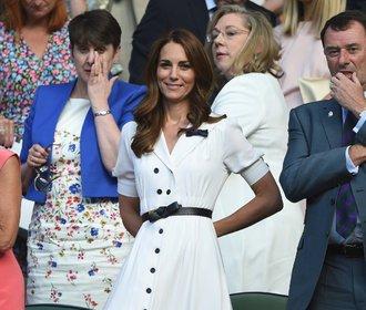 Vévodkyně Kate na Wimbledonu: Pořiďte si podobné šaty jako ona!
