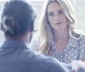 6 způsobů, jak bezpečně poznáte, že vám někdo lže