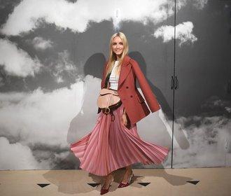Nejkrásnější plisované sukně z nových kolekcí. Kterou si vyberete vy?