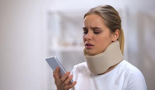 Vygooglím si, proč mě bolí krk