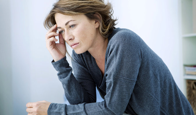 Menopauzu ovlivňují zdravotní stav i genetika. Jak řešit příznaky klimakteria?
