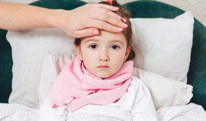 Vše o horečce u dětí: Proč je důležitá, kdy ji snižovat a jak vybrat vhodný lék