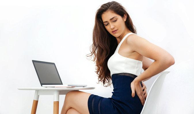 Celodenním sezením si nezpůsobíte pouze bolest zad, ale i vleklejší a dlouhodobější problémy