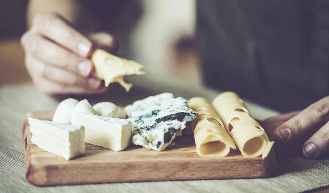 Sůl a sýry: kterým dát přednost?