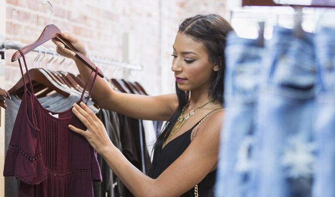 Jak se oblékat, když máte cukrovku? Kůži diabetiků prospějí zdravé materiály