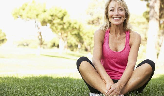 Proti osteoporóze pomůžou vápník a vitamín D, který je třeba ve slunečním záření