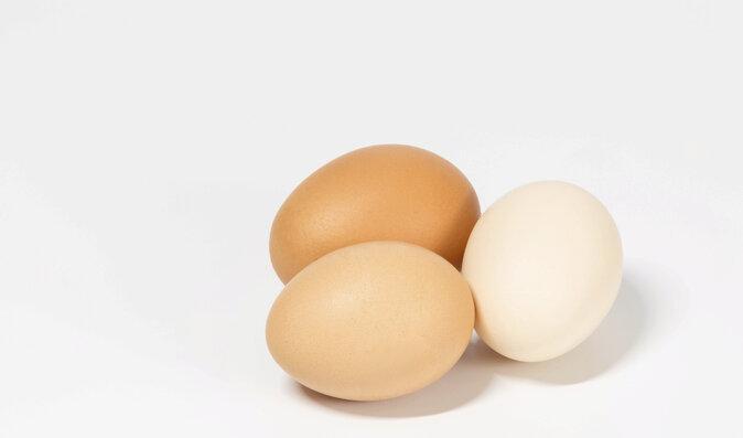 Žloutek je zdrojem luteinu, zeaxantinu a zinku, které chrání vaše oči.