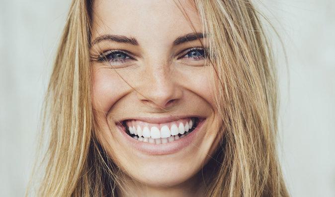 Potraviny, které prospívají vašim zubům. A čemu se naopak vyhněte?