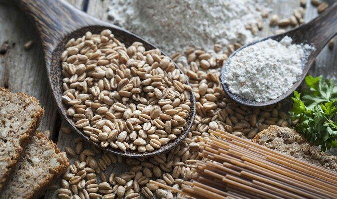Chcete jíst špaldu? Kupujte si jen bio zrna. Na těstoviny raději zapomeňte