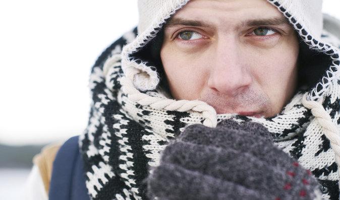 Čeká nás mrazivé počasí: Proč se tělu nelíbí zima a co dělat při podchlazení?