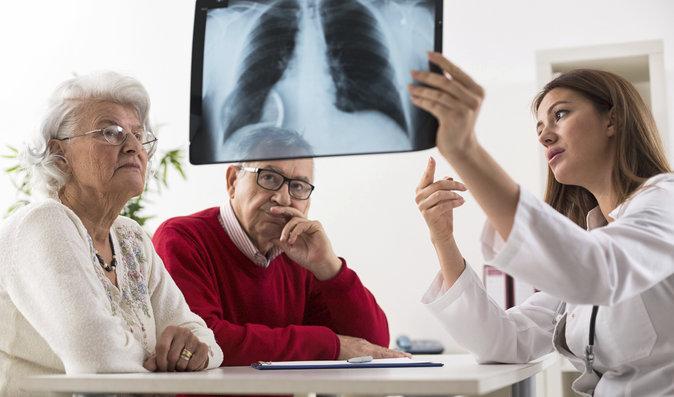 7 příznaků rakoviny plic, které byste neměli podceňovat