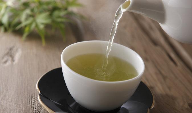 Nejlepší čaje na spaní: Které si dejte před usnutím, abyste se probudili odpočatí?