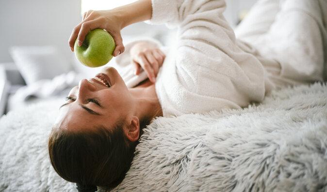 Pět potravin, které prospívají vašim zubům