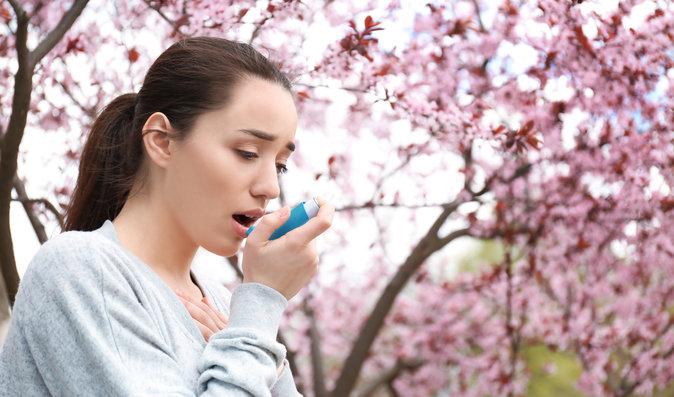Pylová alergie: Jak snížit dušnost, rýmu a otoky a kdy vyzkoušet homeopatika