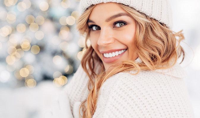 Vánoce bez vrásek: 7 tipů pro zdravější a krásnější pleť v zimě