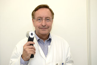 Ptejte se dermatologa Petra Arenbergera na vše o rakovině kůže