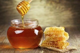 Med: Přírodní pochoutka bojující proti nespavosti
