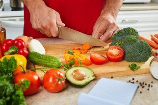 Lékař radí: Jak poznat nedostatek vitamínů a minerálů a čím je doplnit?