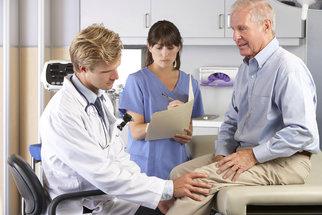 Lékaři umí nahradit nejen kyčelní klouby