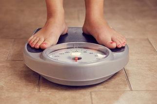 Máte větší boky a stehna? Omezte tuky a kila půjdou dolů