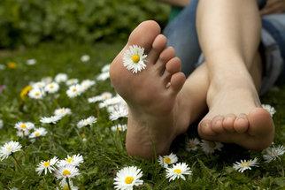 Jak mít zdravé a hezké nohy? Starejte se o ně!