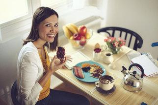 Co, jak a kdy snídat, aby byl váš den příjemnější?